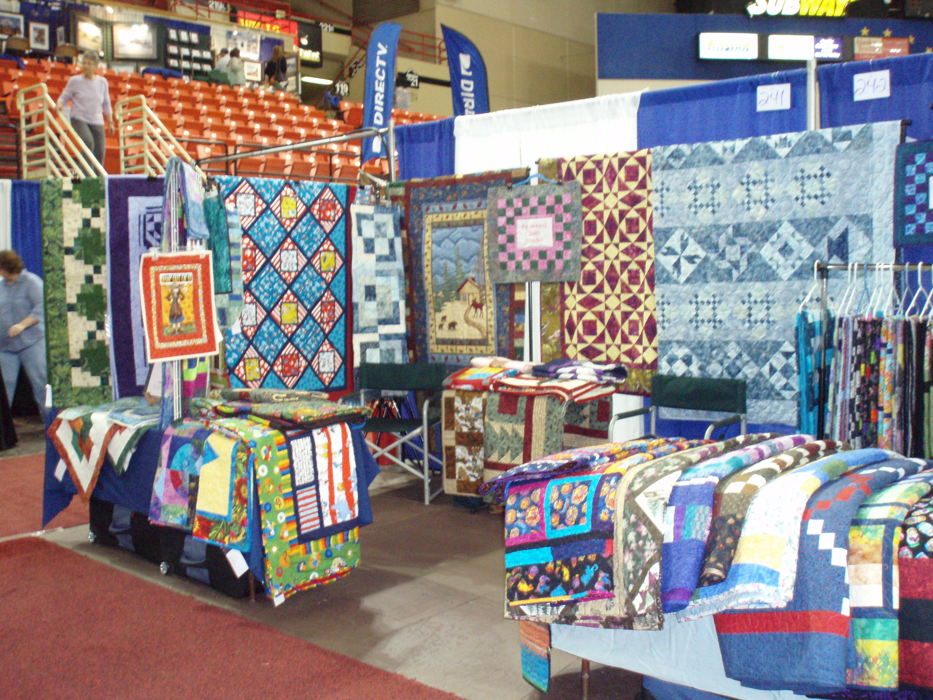 Upcoming events fireweed quilt studio for Quilt and craft show